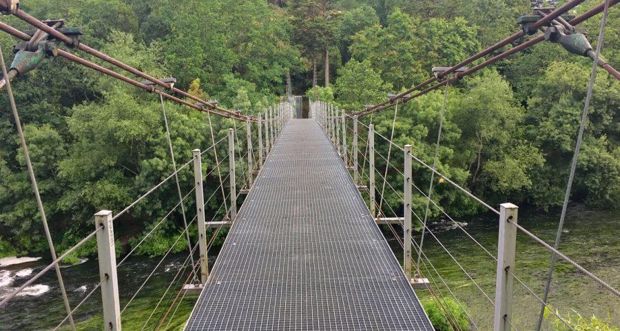 El Puente Colgante O Xirimbao