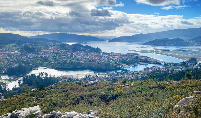 Banco da Caritaina Guíate Galicia